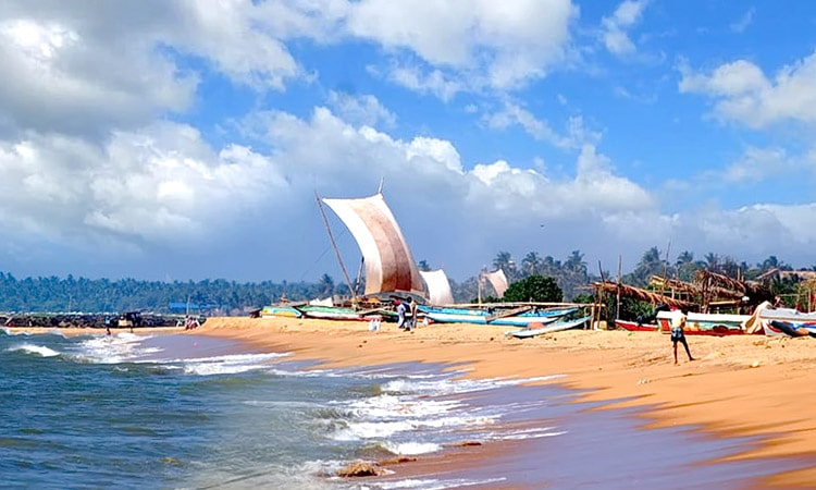 sri-lankan-tour-guide-tour-packages-5-negombo